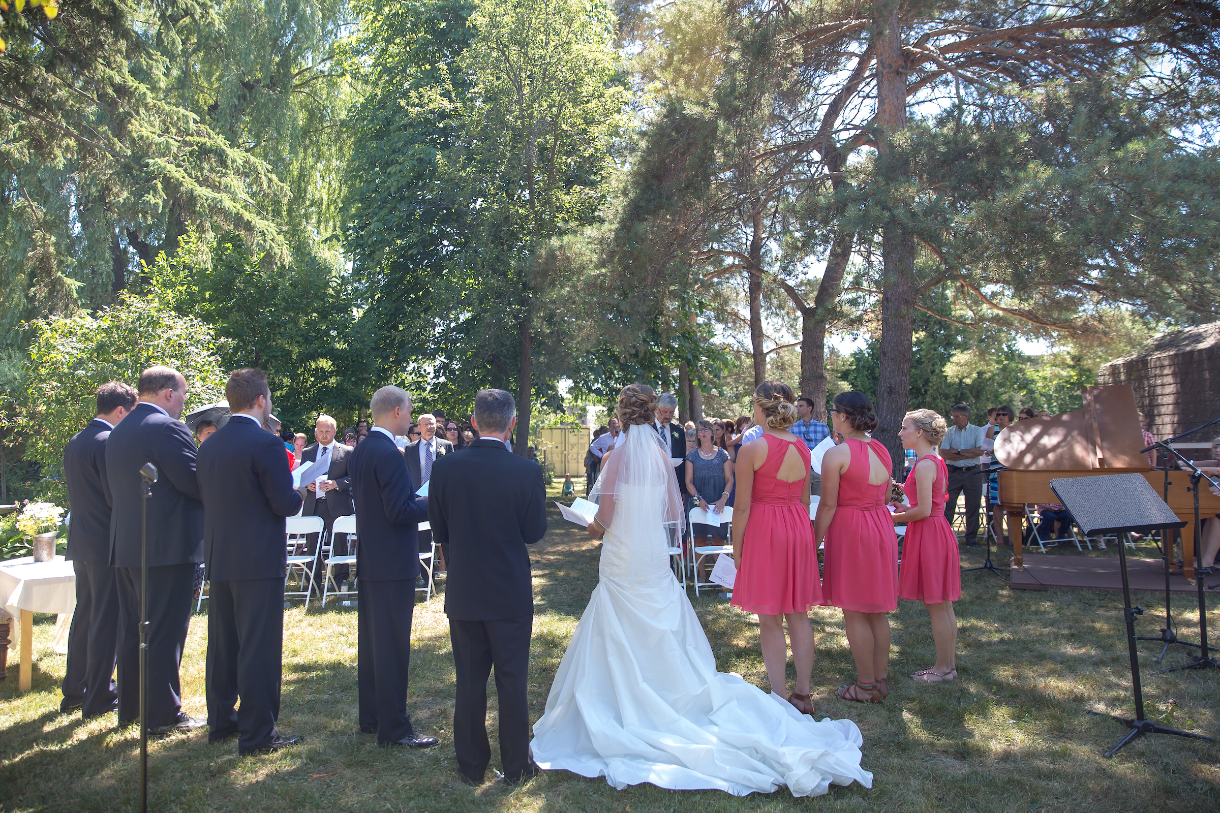 Jennica & Frazer's Summer Garden Wedding